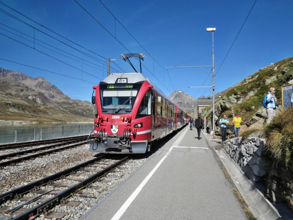 von Ospizio Bernina über Alp Grüm nach Cavaglia